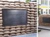 Checkpoint Charlie Berlin - Sandsackkonstruktion komplett neu, Edelstahlgestell